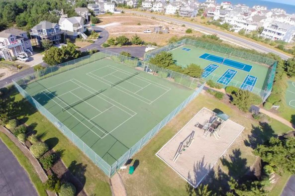 aerial view of Villages at Ocean Hill tennis courts