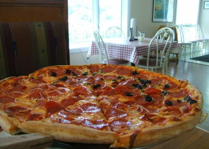 Cosmos Pizza Corolla NC