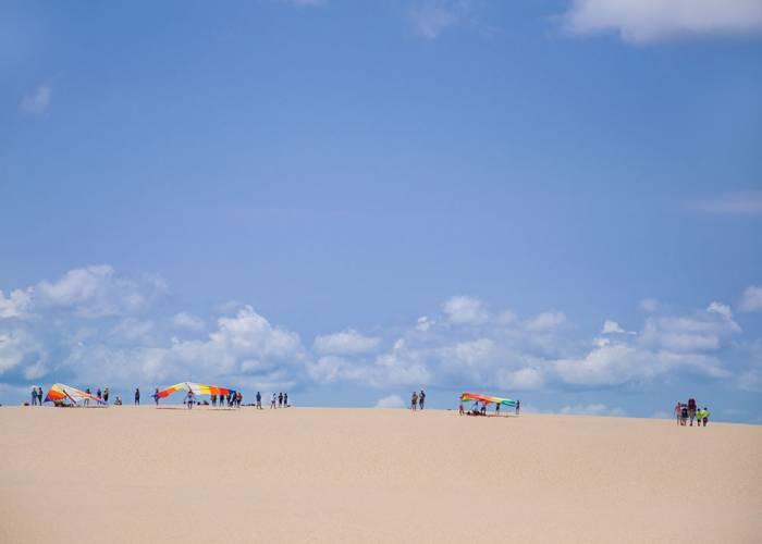 Jockey's Ridge Beach with people